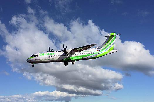 Binter Canarias ATR 72-500 by Nichola Denny