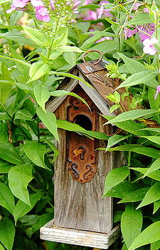 Allen Nice-Webb - Birdhouse Lock and Key