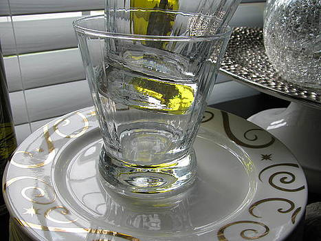 Bistro Plates and Glasses by Lindie Racz