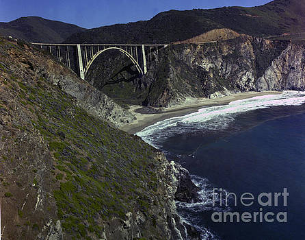 California Views Mr Pat Hathaway Archives - Bixby Creek Bridge Big Sur photo by Pat Hathaway 1974