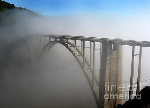 California Views Mr Pat Hathaway Archives - Bixby Creek Bridge in the fog Big Sur photo by Pat Hathaway