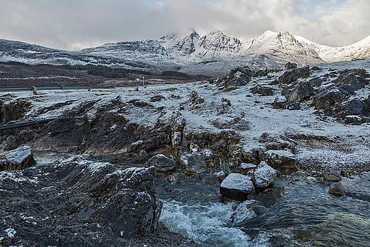 Bla Bheinn Blaven in Winter by Derek Beattie
