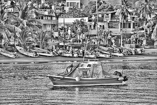 Black and White Boat by Jim Walls PhotoArtist