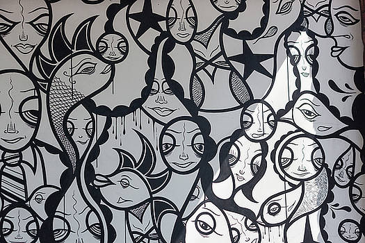 Black and White Street Art by Suzanne Gaff