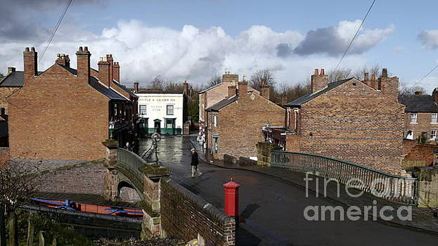 Black Country Street View by John Chatterley