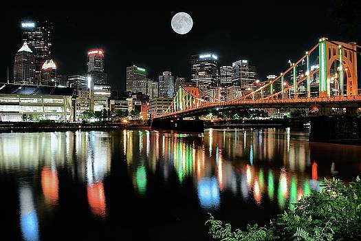 Black Night in Pittsburgh 2017 by Frozen in Time Fine Art Photography
