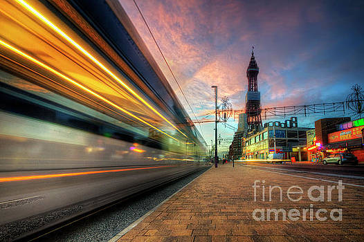Yhun Suarez - Blackpool Tram Light Trail