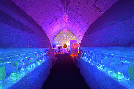 Reimar Gaertner - Blue bedrooms with red Chapel and ice bar at the Aurora Ice Muse