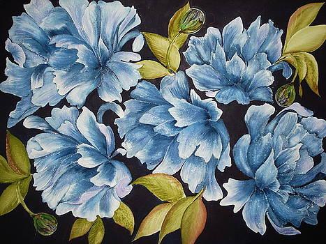 Blue bloom by Tammy Desmond
