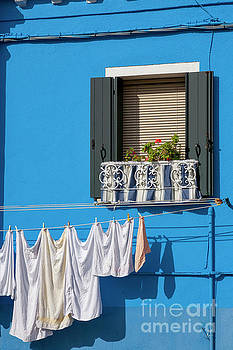Heiko Koehrer-Wagner - Blue Burano Frontage with Window
