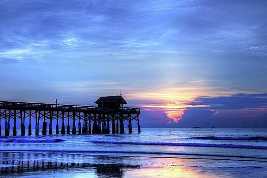 Carol Montoya - Blue Morning Over Cocoa Beach Pier