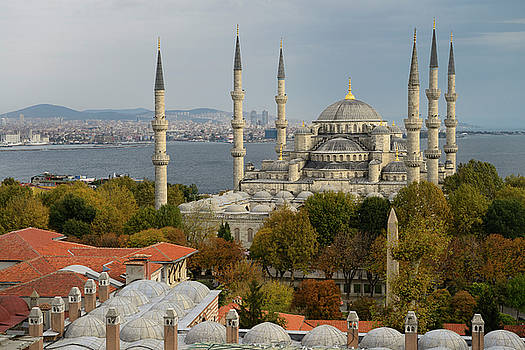 Reimar Gaertner - Blue Mosque and Madrasa on European side with Asian side of Ista