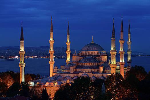 Reimar Gaertner - Blue Mosque with lights at dusk on the Bosphorus Sultanahmet Ist