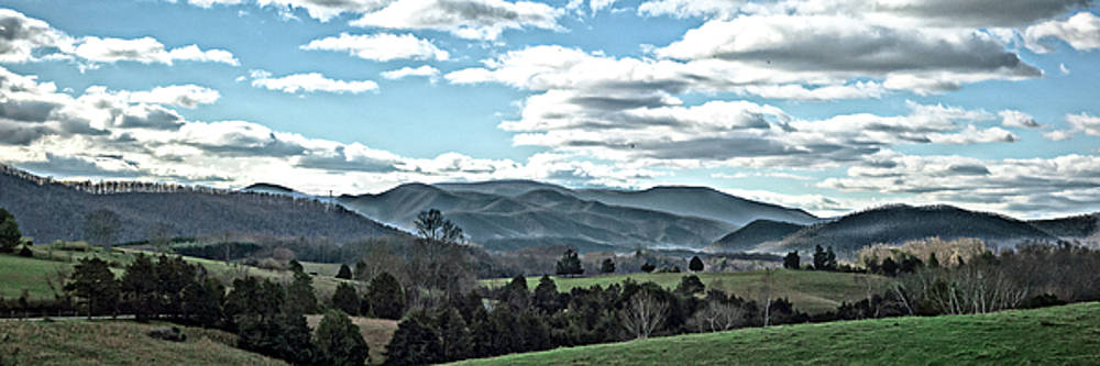 Blue Ridge Mountains by Keith Bowen