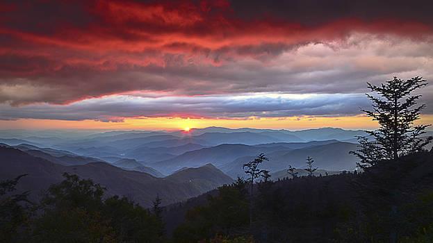 Blue Ridge Parkway NC Waterrock Red Skies Sunset by Robert Stephens