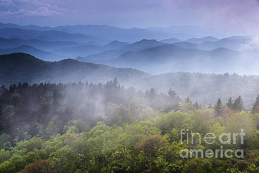 Blue Ridge Parkway.No2 by Itai Minovitz
