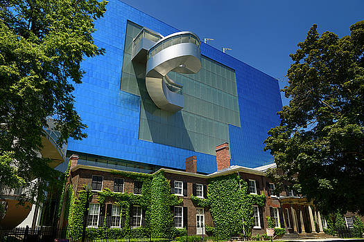 Reimar Gaertner - Blue titanium south wing of the Art Gallery of Ontario designed