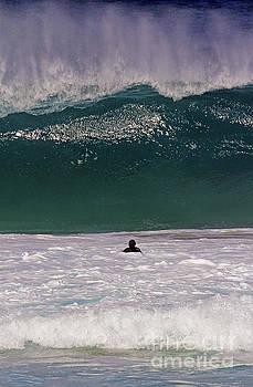 Blue wave by Jennifer Robin