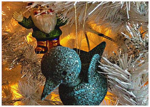 Stan  Magnan - Bluebird and Santa