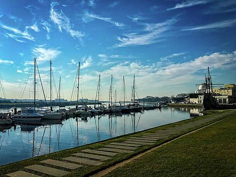 Boat marina by Paulo Goncalves
