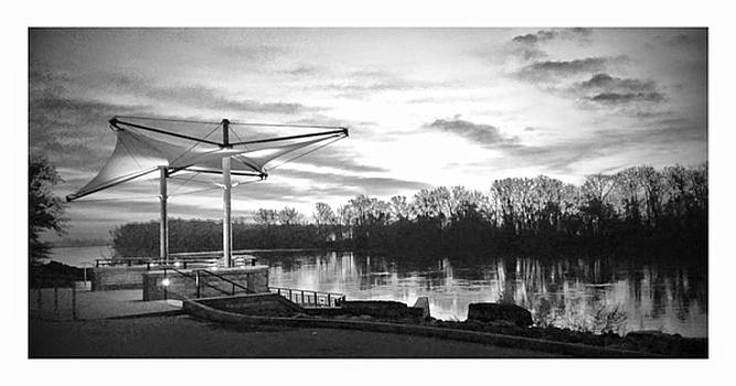 boat ramp 1in Atchison. by Dustin Soph