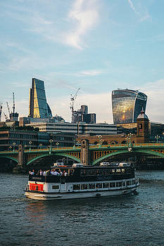 Boat sales up the Thames by Matt Perry
