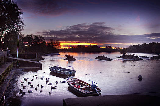 Dominick Moloney - Limerick Boats at the Lax weir Limerick