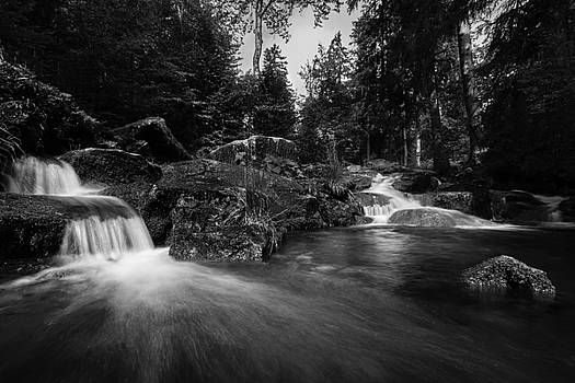 Bodefall in black and white by Andreas Levi