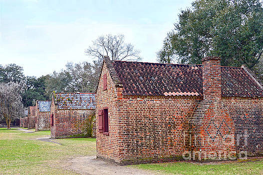 Boone Hall Plantation Cabins by Catherine Sherman