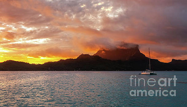 Bora Bora Sunrise by Helen Woodford