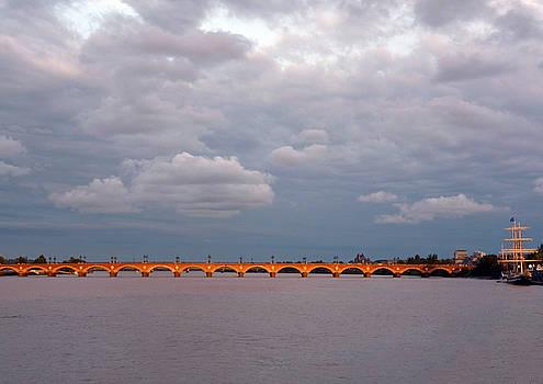 Bishopston Fine Art - Bordeaux Le Pont de Pierre