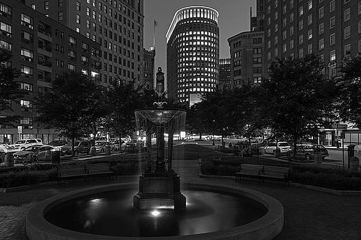 Boston Statler Park in Black and White by Juergen Roth