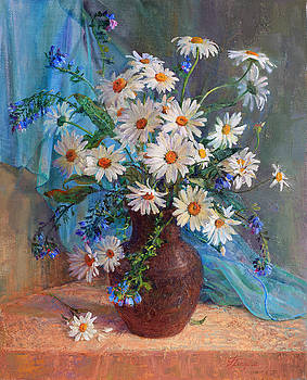 Bouquet of daisies in a vase from clay by Galina Gladkaya