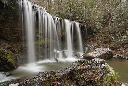 Brasstown Falls 4 by Derek Thornton