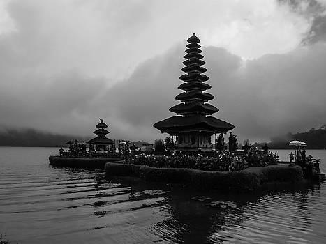 Bratan Lake Temple by Julia Raddatz