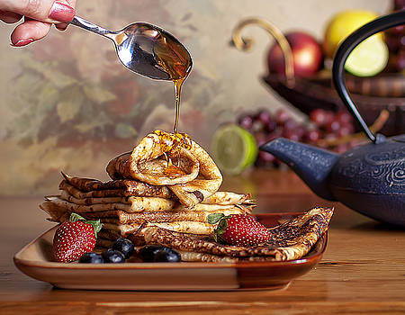Breakfast by Anna Rumiantseva