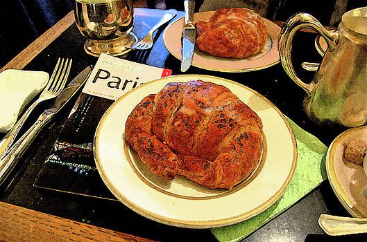 Breakfast in Paris by Jann Mumford