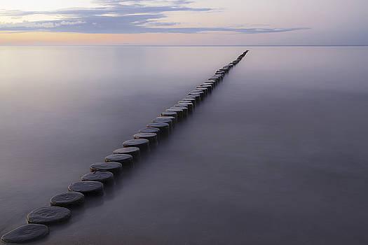 Breakwater by Maria Heyens