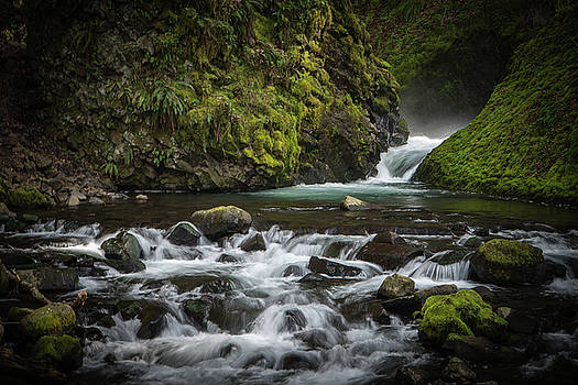 Bridal Veil Creek by Joe Hudspeth