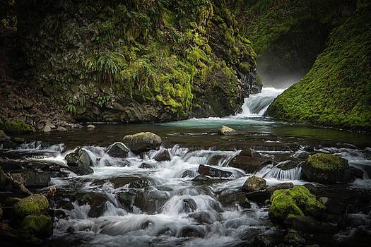 Bridal Veil Creek by Joe Hudspeth