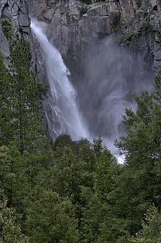 Bridal Veil Falls 3 by Michael Gordon