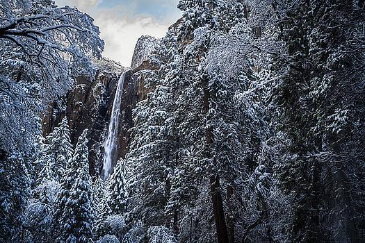 Rick Strobaugh - Bridal Veil Falls in Winter