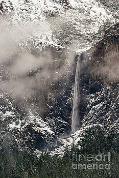 Bridal Veil Falls in Yosemite by Tibor Vari