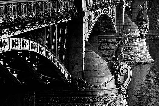 Colin Cuthbert - Bridge and Statues