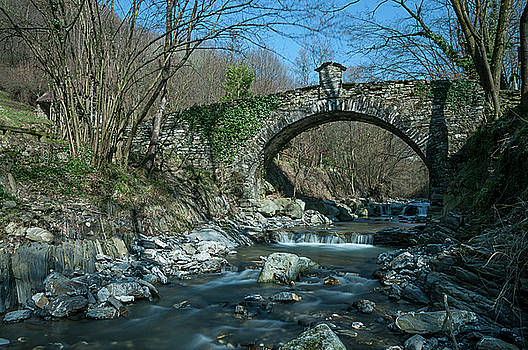 Enrico Pelos - BRIDGE OVER PEACEFUL WATERS - IL PONTE SUL CIAE