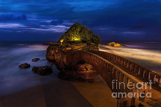Bridge Over the Surf by Tony Priestley