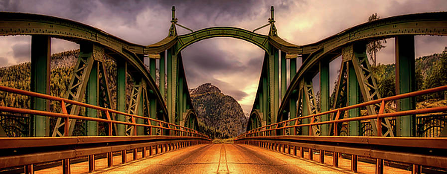 Bridge To The Mountains by Pixabay