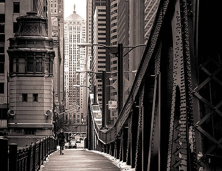 Bridging the city by Yves Keroack