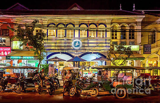 Viva in Siem Reap by Thomas Levine