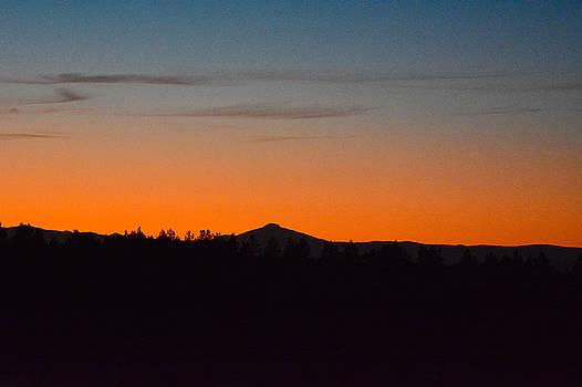 Bright Orange sunset by Linda Larson